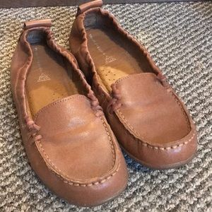 Hush Puppies Leather Loafers 👞 EUC